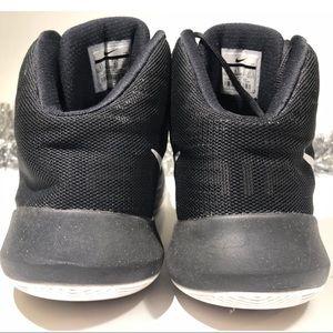 Nike Shoes - Nike Air Precision II